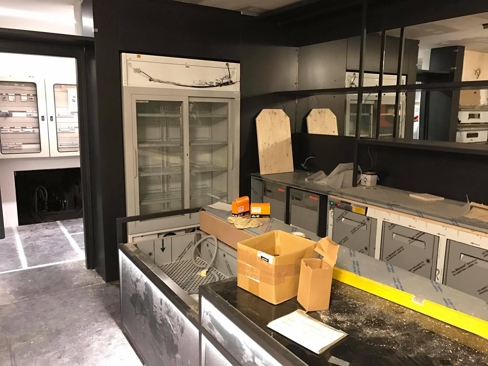 Arredamenti pizzeria Nastro Azzurro Verona
